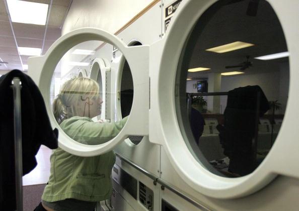 Laundry「Whirlpool To Close Plants, Cut 3000 Jobs」:写真・画像(2)[壁紙.com]