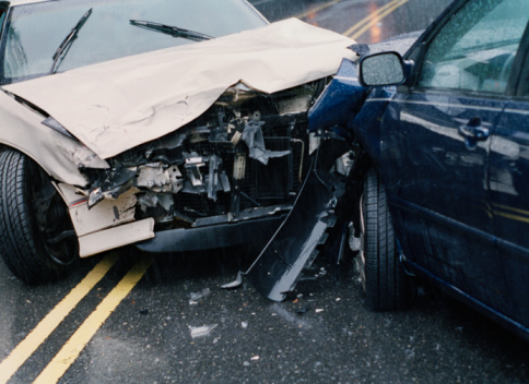 Crash「Two damaged cars after crash, close-up」:スマホ壁紙(8)
