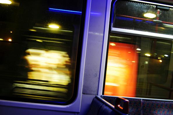 Blurred Motion「Onboard a DLR train at night, London, UK.」:写真・画像(9)[壁紙.com]