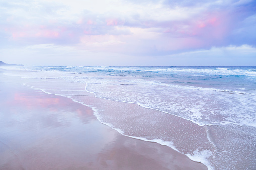 Queensland「Pink and pastel colors at the beach.」:スマホ壁紙(19)