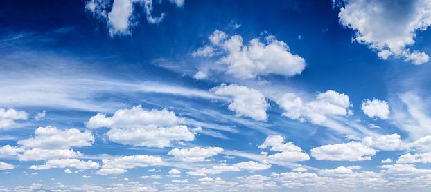 Contrasts「The blue sky panorama 54MPix  XXXXL size」:スマホ壁紙(5)
