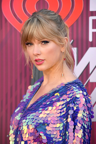 Bangs「2019 iHeartRadio Music Awards - Arrivals」:写真・画像(14)[壁紙.com]