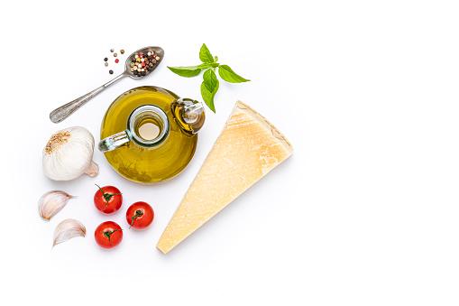 Recipe「Italian ingredients isolated on white background」:スマホ壁紙(18)