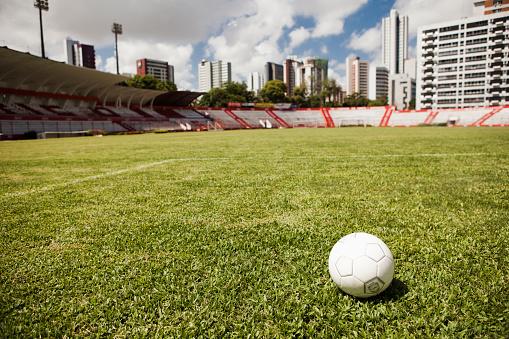 Stadium「Soccer ball on field in stadium」:スマホ壁紙(19)