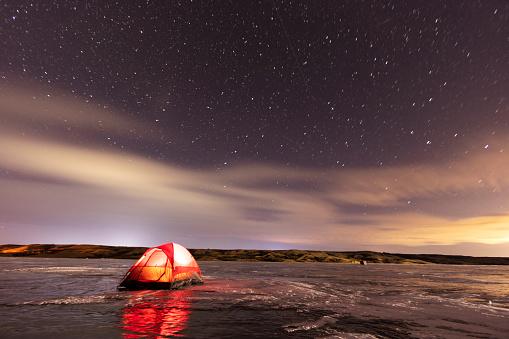 Moose Jaw「Camping In Winter Saskatchewan Canada Buffalo Pound Provincial Park」:スマホ壁紙(5)