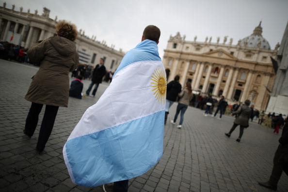 South America「Pope Francis Gives His First Angelus Blessing To The Faithful」:写真・画像(13)[壁紙.com]