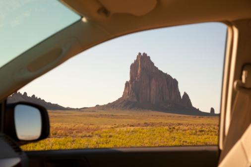 Car Interior「View through car window of rock mass.」:スマホ壁紙(12)
