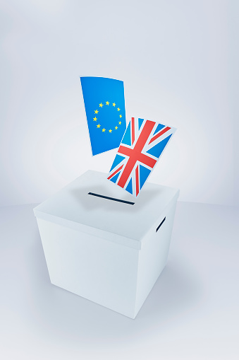 Voting Ballot「British and European Flags at the Ballot Box」:スマホ壁紙(7)