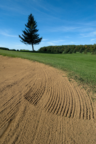 Sand Trap「Sand trap on golf course」:スマホ壁紙(13)