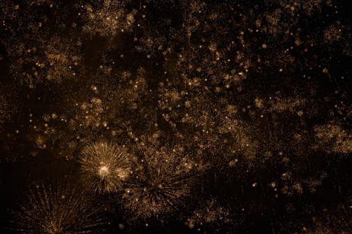 花火「fireworks in the night sky」:スマホ壁紙(10)