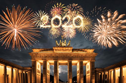花火「2019年の新年のためのドイツの花火」:スマホ壁紙(18)