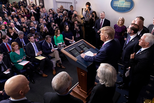 Press Conference「President Trump Holds Press Conference With CDC Officials On Coronavirus」:写真・画像(1)[壁紙.com]