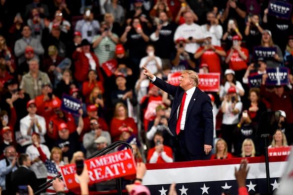 Political Rally「President Trump Holds Campaign Rally In Hershey, Pennsylvania」:写真・画像(11)[壁紙.com]