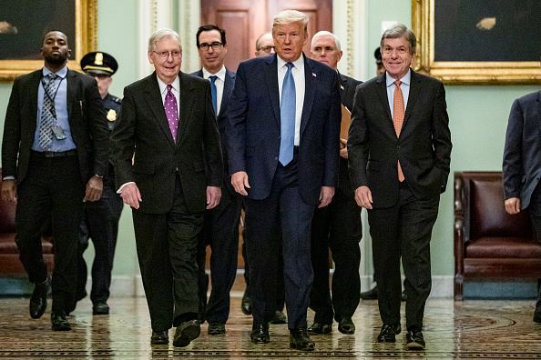 US Republican Party「President Trump Meets With GOP Lawmakers On Capitol Hill On Coronavirus Plan」:写真・画像(8)[壁紙.com]