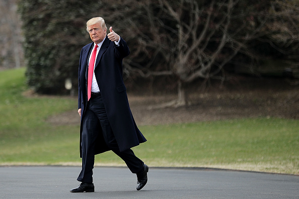 歩く「President Trump Departs White House For Ohio」:写真・画像(14)[壁紙.com]