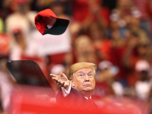 """Hat「Donald Trump Holds A """"Welcome Home"""" Rally In South Florida」:写真・画像(3)[壁紙.com]"""