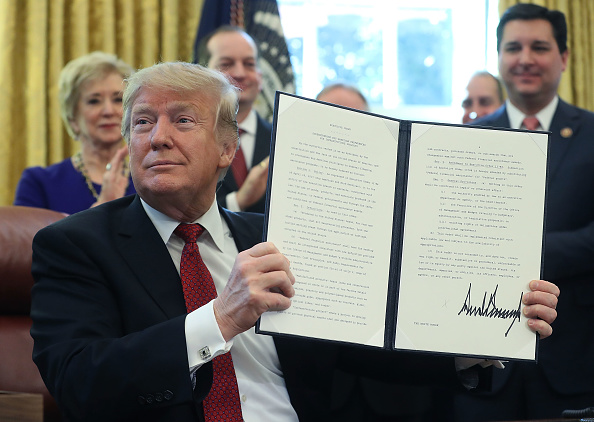 Strategy「President Trump Meets With American Manufacturers And Signs An Executive Order」:写真・画像(6)[壁紙.com]