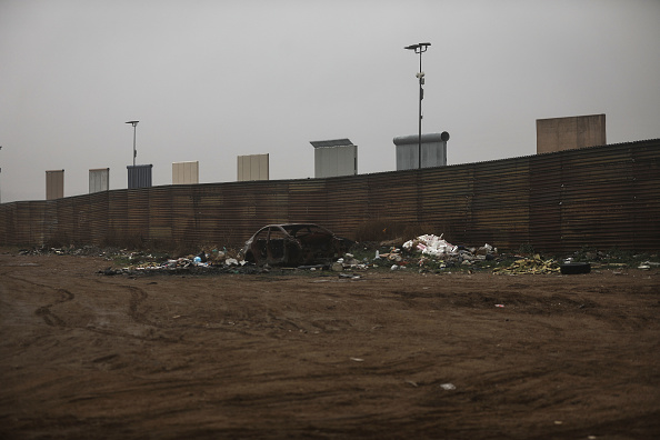Baja California Norte「President Trump's Proposed Border Wall Prototypes Sit Along Mexico / U.S. Border」:写真・画像(19)[壁紙.com]