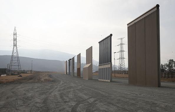 Mexico「U.S. Border Patrol Monitors California-Mexico Border」:写真・画像(3)[壁紙.com]