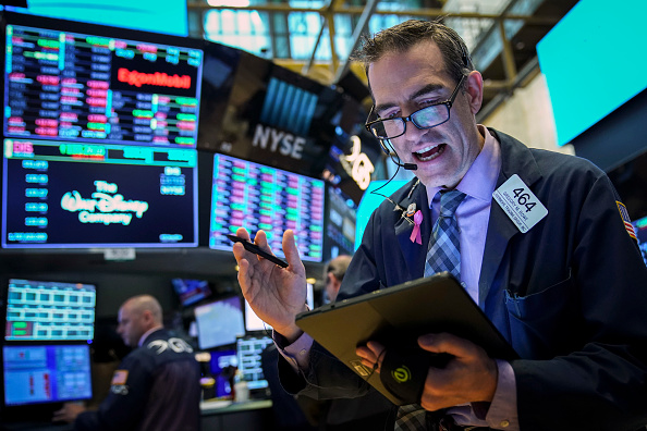 New York Stock Exchange「Markets Start The Week Down As Trump Threatens China With Tariffs」:写真・画像(19)[壁紙.com]