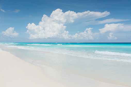 Cumulus Cloud「Caribbean Dream Beach Cancun Mexico」:スマホ壁紙(1)