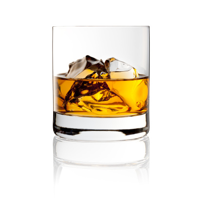 Alcohol - Drink「Whisky On The Rocks - Drink with Ice」:スマホ壁紙(3)