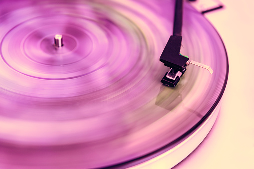 Turntable「Pink vinyl record」:スマホ壁紙(17)