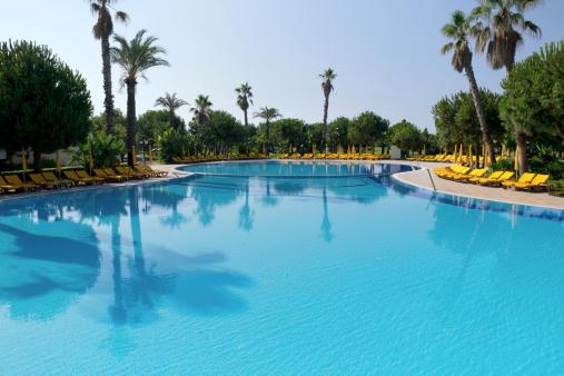 Resort Swimming Pool「holiday resort」:スマホ壁紙(15)