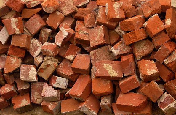 Heap「Pile of used bricks」:写真・画像(18)[壁紙.com]