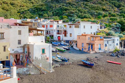 Tyrrhenian Sea「Fishing village of Rinella in Salina, the second largest island of the Aeolian archipelago (Sicily, Italy)」:スマホ壁紙(19)