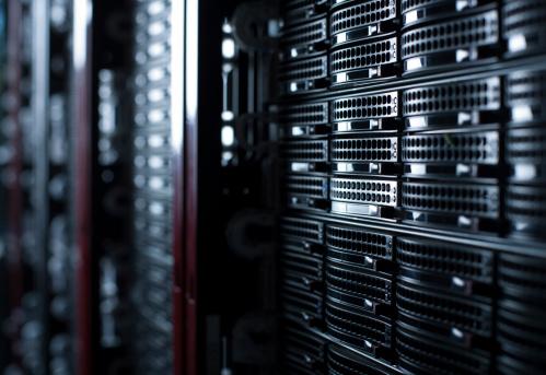 Network Server「Rackmounted Servers in a Datacenter」:スマホ壁紙(15)