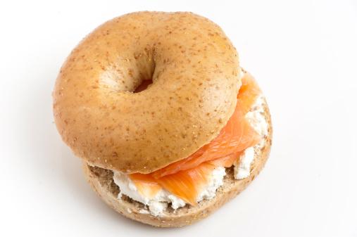 Bun - Bread「Bagel with cream cheese and smoked salmon」:スマホ壁紙(16)