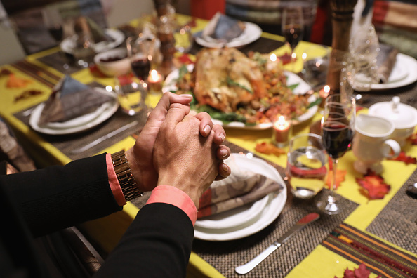 Food「Immigrant Families Celebrate Thanksgiving In Connecticut」:写真・画像(7)[壁紙.com]