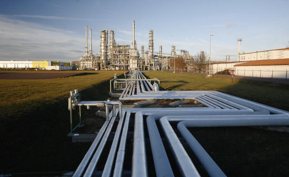 Natural Gas「Russian Oil Stops Flowing To Western Europe Thru Belarus」:写真・画像(0)[壁紙.com]