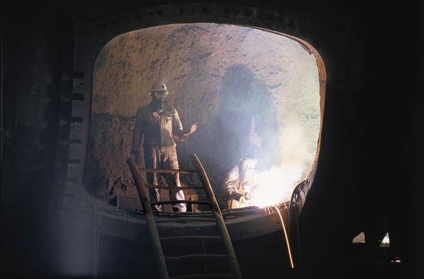 Copper Mine「Copper refinery in Zambia, Africa」:写真・画像(11)[壁紙.com]