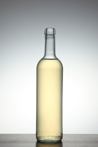 Wine Bottle「Bottle of white wine」:スマホ壁紙(1)