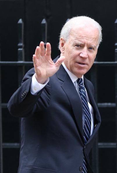 Vertical「US Vice President Joe Biden Visits The UK」:写真・画像(17)[壁紙.com]