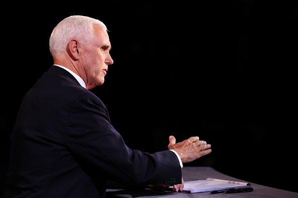 Participant「Mike Pence And Kamala Harris Take Part In Vice Presidential Debate」:写真・画像(8)[壁紙.com]