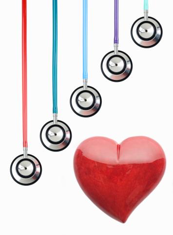 Alabaster「Red alabaster heart under hanging stethoscopes」:スマホ壁紙(10)