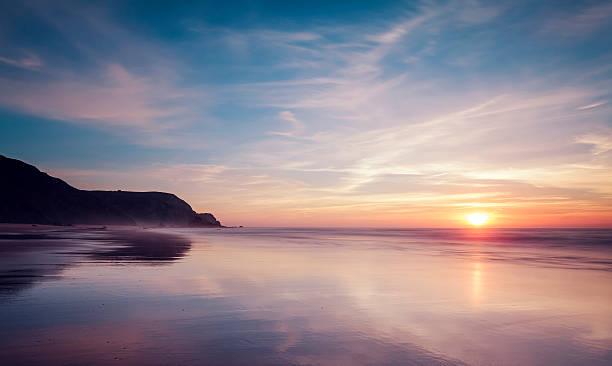 Portugal, View of Praia do Castelejo at sunset:スマホ壁紙(壁紙.com)