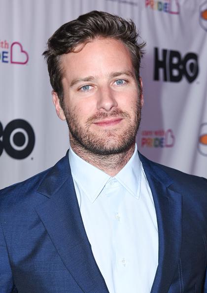 アーミー ハマー「Family Equality Council's Impact Awards at the Globe Theatre, Universal Studios - Arrivals」:写真・画像(9)[壁紙.com]