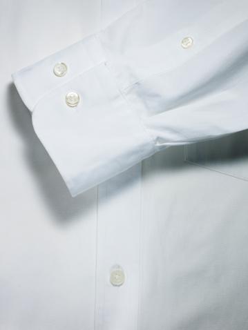 Cuff - Sleeve「White shirt and sleeve detail.」:スマホ壁紙(0)