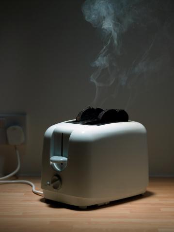 Misfortune「Burnt toast in toaster」:スマホ壁紙(11)