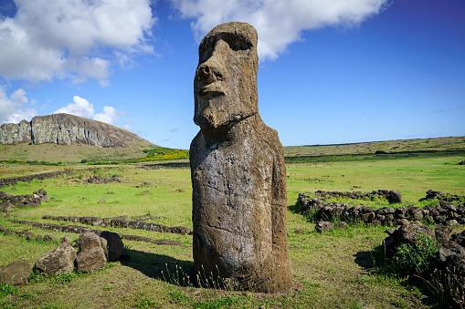 Volcanic Landscape「Ahu Tongariki Moai Easter Island Rapa Nui Isla de Pascua」:スマホ壁紙(12)