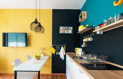 Studio Apartment「Modern and cozy studio apartment and small kitchen」:スマホ壁紙(8)