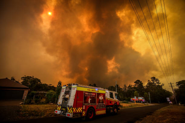 Firefighters Continue To Battle Bushfires As Catastrophic Fire Danger Warning Is Issued In NSW:ニュース(壁紙.com)