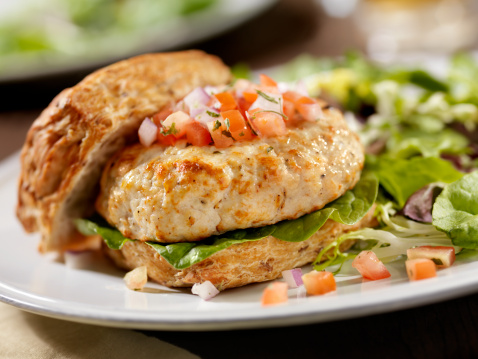 Chicken Meat「Turkey Burger with Spinach and Salsa」:スマホ壁紙(1)