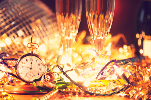 Party - Social Event「New Year's Eve holiday party, pocket watch, clock at midnight.」:スマホ壁紙(18)