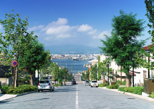 Hokkaido「Hachiman-zaka slope」:スマホ壁紙(7)