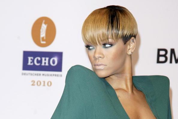 Bleached Hair「Echo Award 2010」:写真・画像(1)[壁紙.com]
